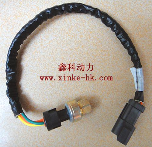 卡特c15发电机电瓶接线线路图